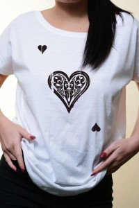 Tricou Loose Fit Black Shattered Heart